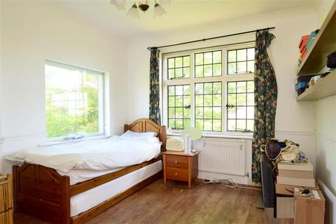 2 bedroom apartment for sale - Furzeholme, Worthing, West Sussex