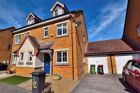 3 bedroom semi-detached house to rent - Brook Close, Dunstable, Bedfordshire, LU6
