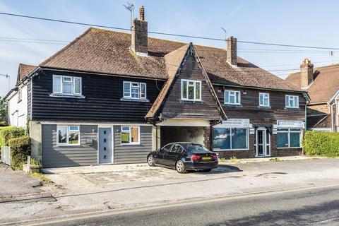 3 bedroom apartment for sale - Middleton Court, Elmer Road, Bognor Regis, PO22