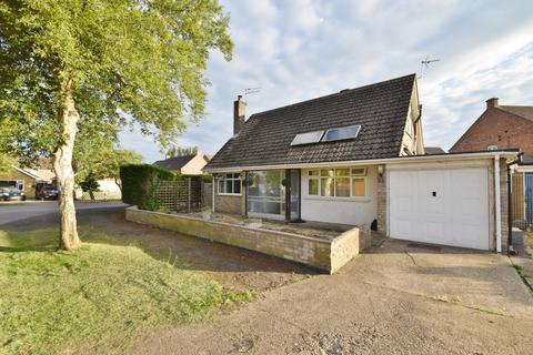 3 bedroom bungalow for sale - Claremont Road, Burgh Le Marsh, PE24