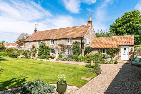 4 bedroom village house for sale - Holm Farm House, West Lane, Snainton, YO13 9AR
