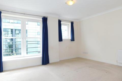 2 bedroom flat to rent - Gentle's Entry, Edinburgh EH8