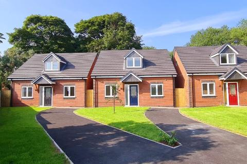 3 bedroom bungalow for sale - Cheltenham Grove, Newcastle-under-Lyme, ST5