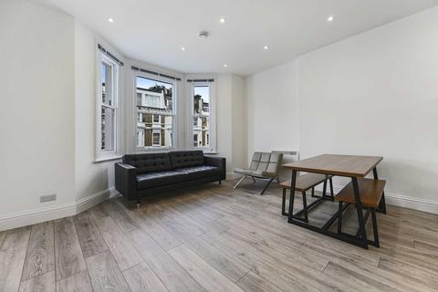 1 bedroom flat to rent - Sinclair Gardens, Olympia, W14 0AT