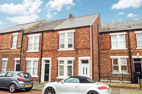 3 bedroom townhouse for sale - Rawling Road, Gateshead, Tyne and Wear, NE8 4QR