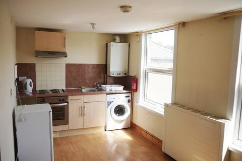 Studio to rent - St. Georges Road, Leyton, London. E10