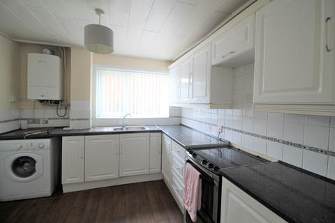 2 bedroom terraced house to rent - Dunedin Drive, Salford M6