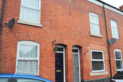 5 bedroom house share to rent - 14 Highfield Road, Salford M6