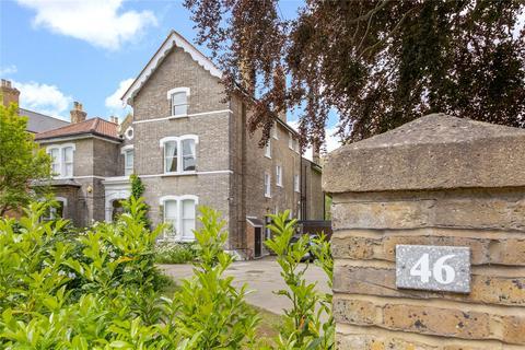 2 bedroom apartment for sale - Court Road, Eltham, SE9
