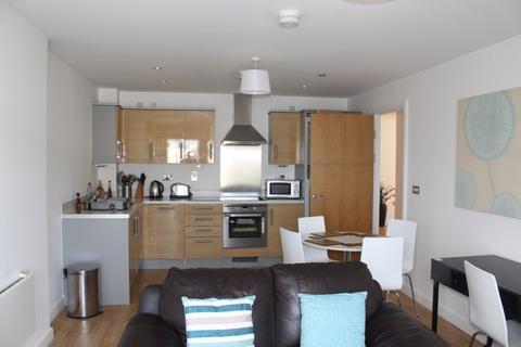 2 bedroom apartment to rent - Marina Villas top floor