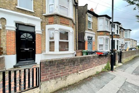 5 bedroom semi-detached house to rent - Tyndall Road, Leyton E10