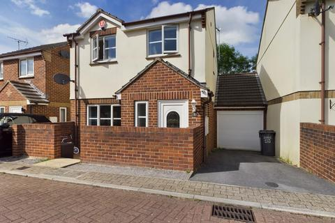 3 bedroom link detached house for sale - Orkney Close, The Willows, Torquay