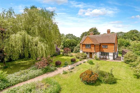 5 bedroom detached house for sale - Radford Road, Tinsley Green, West Sussex, RH10