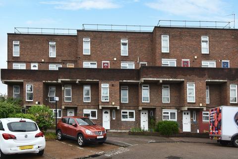 2 bedroom maisonette for sale - Maxey Road London SE18