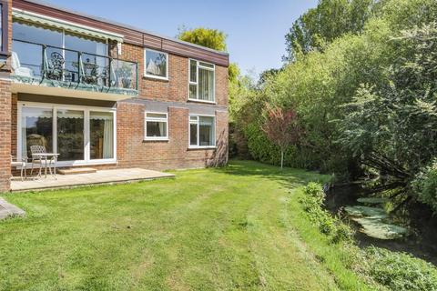 2 bedroom flat for sale - Mill Close, Fishbourne, PO19