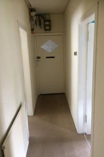 2 bedroom flat to rent - clearburn crescent, Crewe Toll, Edinburgh, eh16