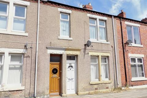 3 bedroom flat for sale - Canterbury Street, Chichester, South Shields, Tyne and Wear, NE33 4DQ