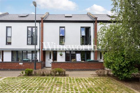 2 bedroom terraced house for sale - Leverton Close, London, N22