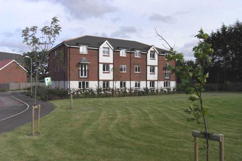 2 bedroom flat for sale - Benham Drive, Spencers Wood