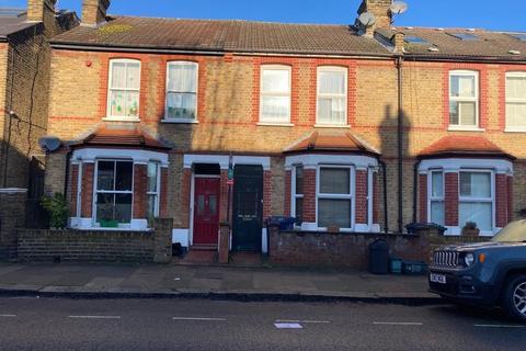 2 bedroom terraced house to rent - Salisbury Road, Ealing,W13