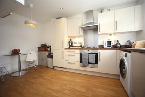 3 bedroom semi-detached house to rent - Messenger Way, Cheltenham, GL51
