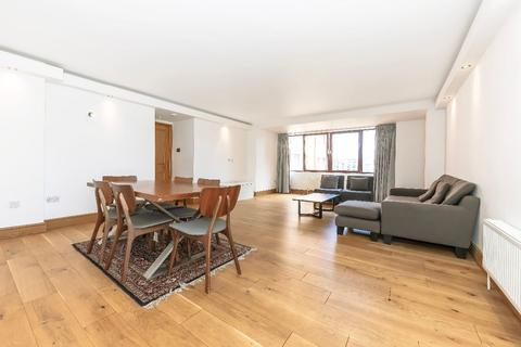3 bedroom apartment to rent - William Morris Way, SW6