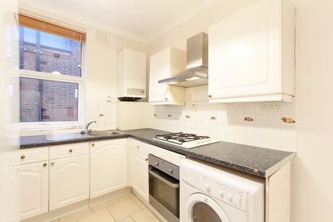 3 bedroom flat to rent - Rutford Road, Streatham, SW16