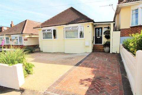 3 bedroom bungalow for sale - Fletcher Road, Bournemouth, BH10