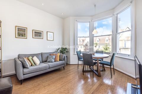 3 bedroom flat to rent - Stapleton Hall Road London N4