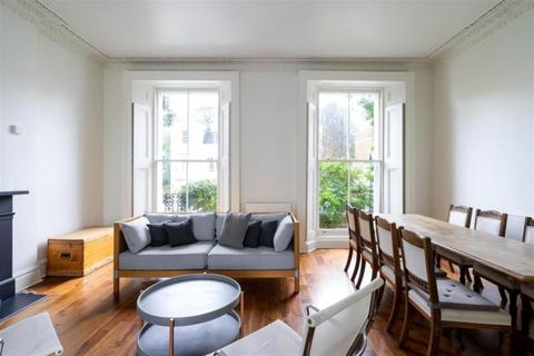 3 bedroom flat to rent - Lansdowne Crescent, London, W11