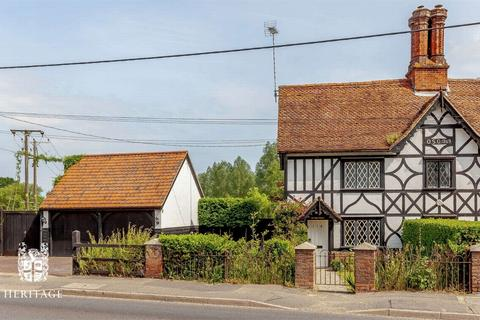 2 bedroom semi-detached house for sale - Coggeshall Road, Bradwell, Essex