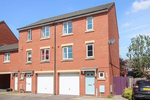 3 bedroom townhouse for sale - Primmers Place, Westbury