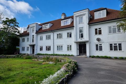 Studio to rent - Westbourne, Bournemouth