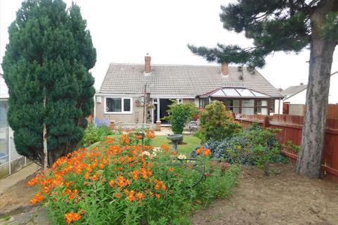 2 bedroom semi-detached bungalow for sale - CROXTON AVENUE, FENS, Hartlepool, TS25 2QF