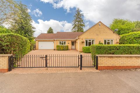 3 bedroom detached bungalow for sale - Strangeways Road, Cambridge, Cambridgeshire