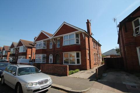 1 bedroom ground floor flat for sale - Chatham Road, Worthing BN11 2SP