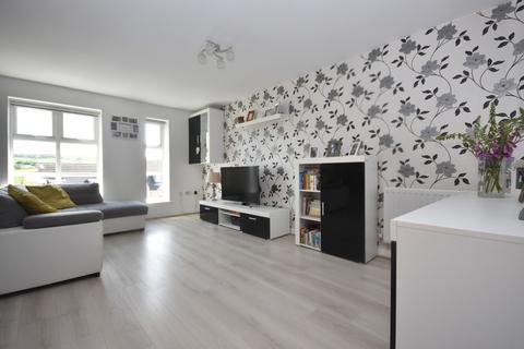2 bedroom apartment for sale - Woodsley Fold, Thornton