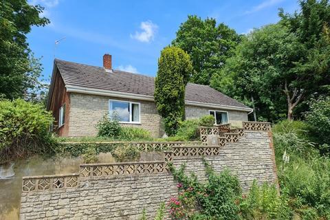 3 bedroom detached bungalow for sale - Cuffs Lane, Tisbury