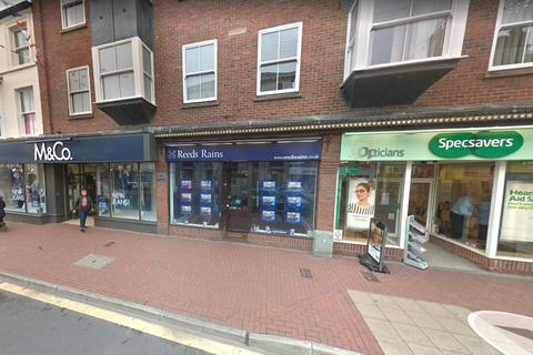 Property to rent - Market Place, Driffield
