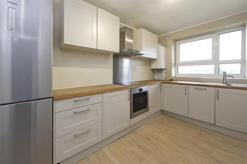 2 bedroom apartment to rent - Blythe Road, Brook Green, London, UK, W14