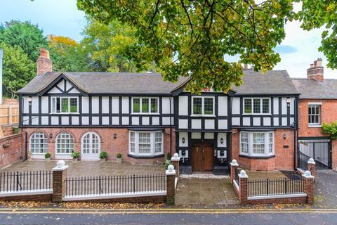 3 bedroom apartment to rent - Lower Green, Tettenhall, Wolverhampton