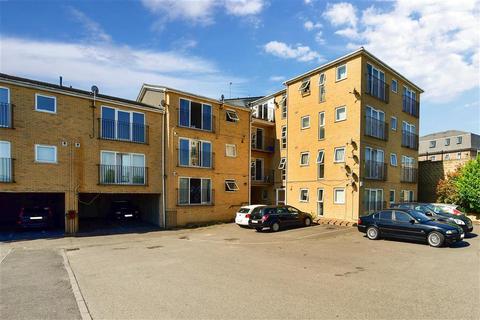 2 bedroom ground floor flat for sale - Ruskin Road, Belvedere, Kent