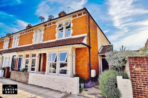 3 bedroom end of terrace house for sale - Mafeking Road, Southsea