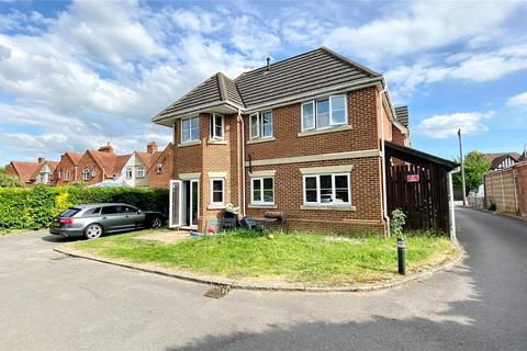 2 bedroom apartment to rent - Highclere Court, 10 Whitley Wood Road, Reading, Berkshire, RG2
