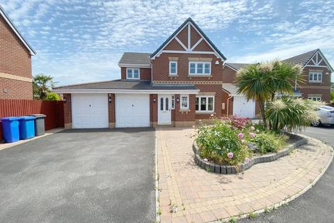 4 bedroom detached house for sale - Whitchurch Close, Padgate, Warrington, WA1