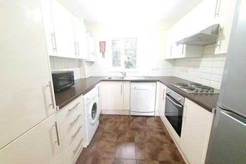 6 bedroom semi-detached house to rent - Macquaire Way, Docklands, London, E14 3AU