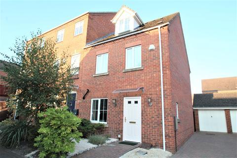 4 bedroom semi-detached house to rent - Mardling Avenue, Bestwood, Nottingham