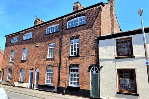 3 bedroom terraced house for sale - Crompton Road, Macclesfield