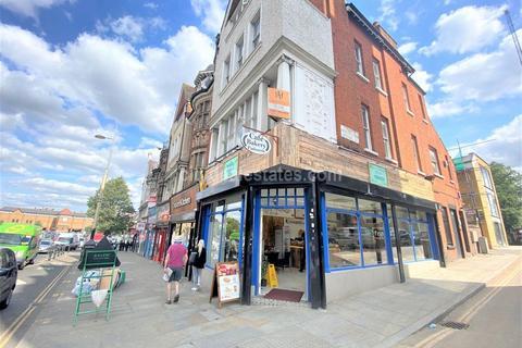 Restaurant to rent - High Street, London