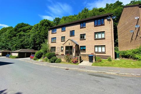2 bedroom flat to rent - Baildon Wood Court, Baildon, Shipley
